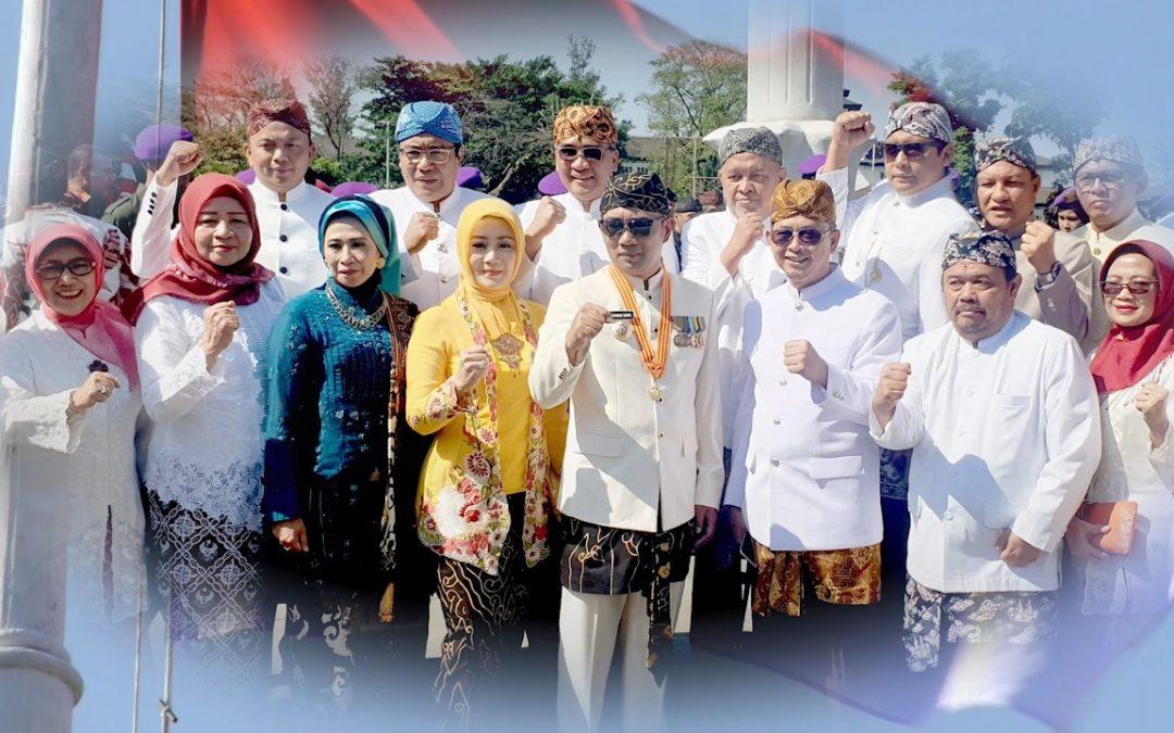 Kang Emil Sampaikan Capaian Jawa Barat (HUT Jabar 74th)