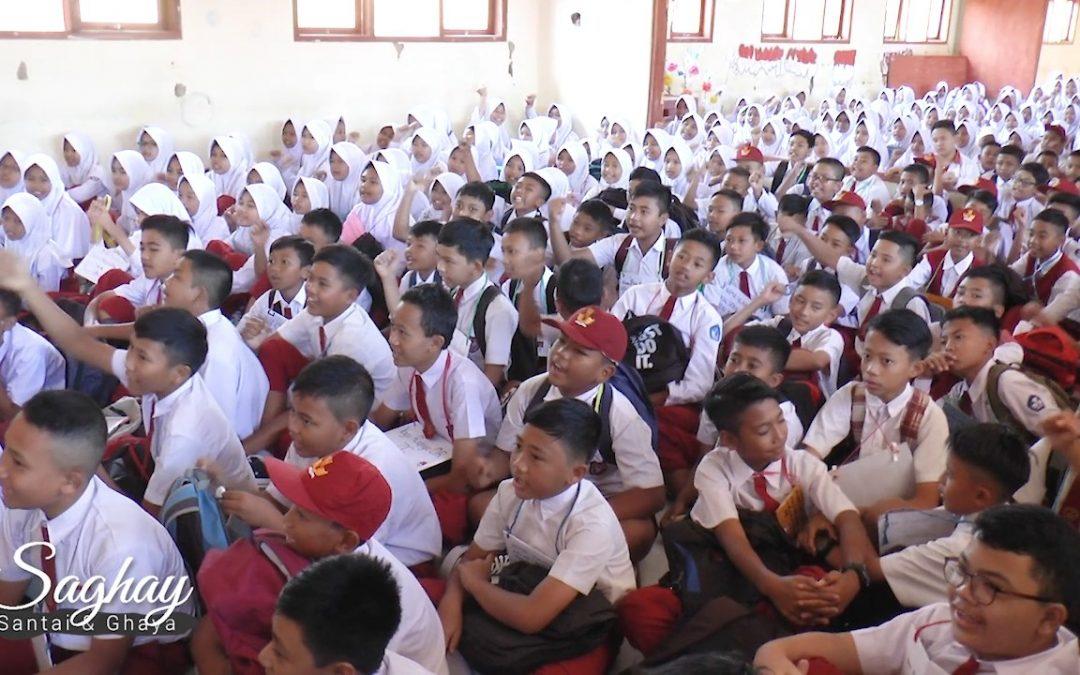 Membangun Percaya Diri Sejak Dini – Motivasi Dewi Saghay di SMPN 3 Cileunyi